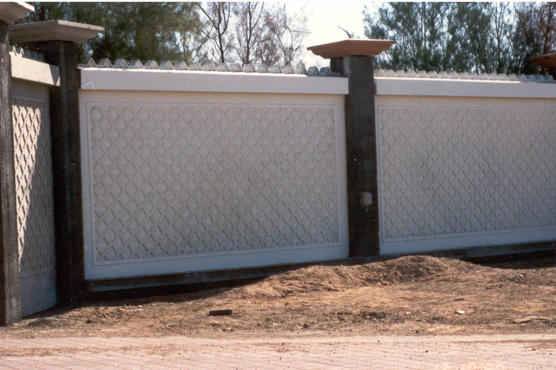 Park Boundary Wall Design : Boundary wall gulf precast